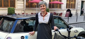 Robin Chase launching Buzzcar in France.